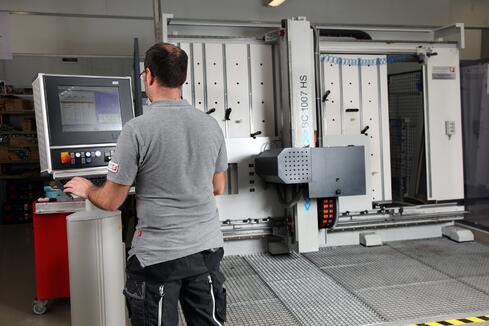 mecanizado automático armarios de distribución
